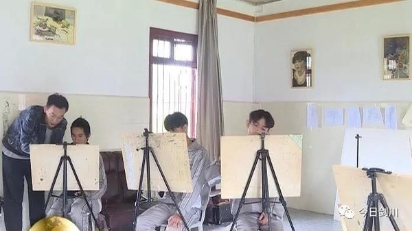 [剑川县]中央美院:智力资源推动剑川文化产业建设